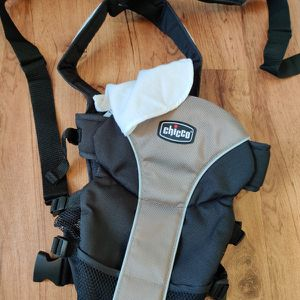 Chicco Baby Carrier for Sale in Tampa, FL