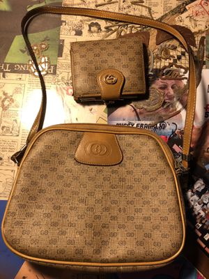Authentic Gucci Purse and Matching Wallet for Sale in Northbrook, IL