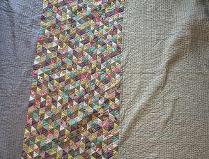 Comforter/Quilt - Queen for Sale in Alexandria, VA