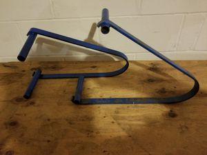 pair ladder braces for plank for Sale in Barnegat, NJ