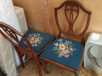 2 Beautiful Old Antique Chairs for Sale in Ocala,  FL