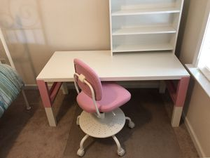 İkea kids chair and table pink for Sale in Alpharetta, GA
