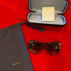 Brand New Gucci Cat Eye Sunglasses Brown for Sale in Garden Grove, CA