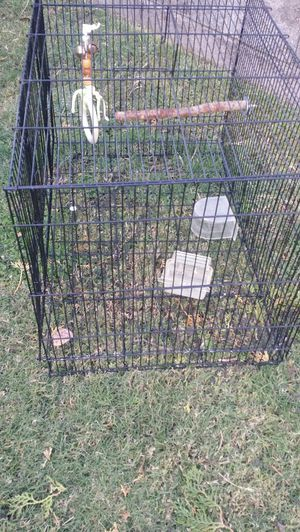 Bird cage with supplies! ! Good condition don't have any use for it for Sale in Phoenix, AZ