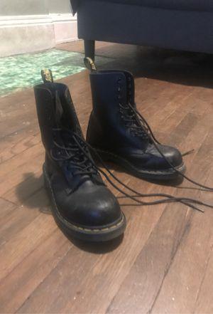 Size 7 men's steel toe doc martens for Sale in Cincinnati, OH