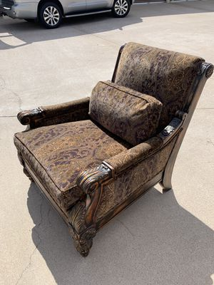 Designer chair. Very heavy hand carved with down stuffed cushions for Sale in Payson, AZ