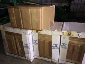 Hickory Cabinets for Sale in Rolla, MO