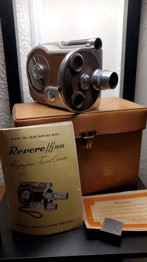 Vintage Revere Magazine 16mm Film Motion Picture Camera w Case Manual V12 for Sale in Ardmore, PA