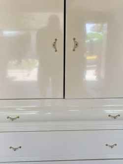 White Armorie for Sale in Pico Rivera,  CA