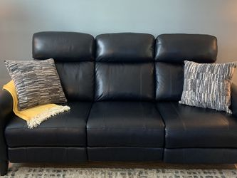 RTG Leather Power Reclining Sofa for Sale in Orlando,  FL