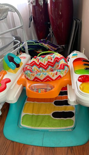 Baby walk and play piano for Sale in Oakland, CA