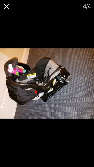Infant car seat for Sale in Pasadena, MD