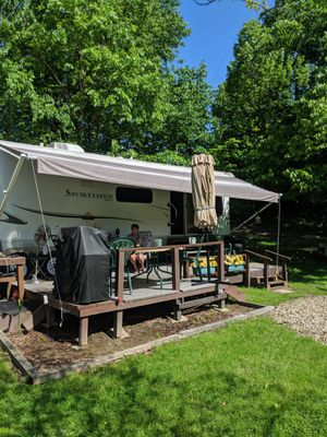 39 ft front living room rear bad sportsman Park model two slide outs located at Woodside campground lot paid for the year for Sale in Streetsboro, OH