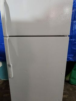 Fridge Good Working Conditions for Sale in Wheat Ridge,  CO