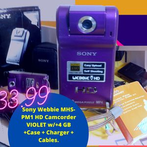 Sony HD Camcorder MHS-PMU+ 4GB Card+Case+Charger+Cables. for Sale in Saint Paul, MN