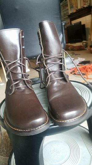 Donald Pliner Italian Brown Leather Combat Boots Lime Green Interior for Sale in Fairfax, VA