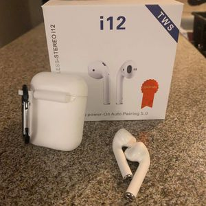 Headphones in Ear buds Wireless Bluetooth Headset with Case Mic For air IG Apple for Sale in Anaheim, CA