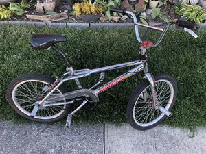 BMX BIKE TRICK BICYCLE ALL ORIGINAL for Sale in Eastpointe, MI