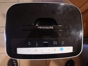 Frigidare 70 Pint Dehumidifier with built in condensate pump. PLEASE READ COMPLETELY!!! for Sale in Summerfield, FL