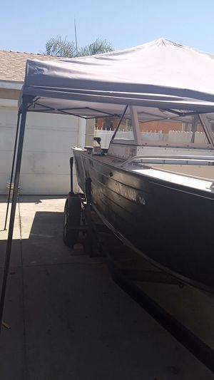 21 foot aluminum fishing boat for Sale in Los Angeles, CA
