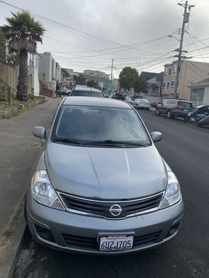 2010 Hatchback Nissan Versa for Sale in Daly City, CA