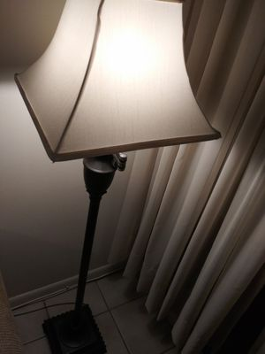 4.5 foot Floor Lamp for Sale in Fort Lauderdale, FL