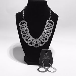 Jewelry- Paparazzi The Main Contender for Sale in Dublin, GA