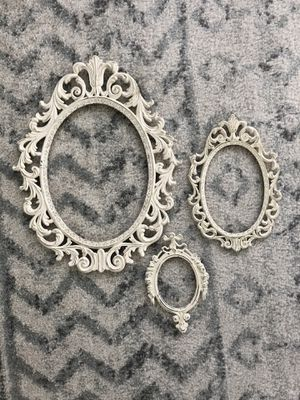 Set of vintage metal frames for Sale in Lancaster, PA