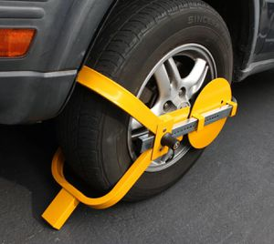 """Wheel Lock Clamp Boot Tire Claw Trailer Car Truck Anti-Theft Towing Boot 13""""~15"""" for Sale in Hacienda Heights, CA"""