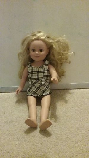 18inc doll for Sale in Milton, DE