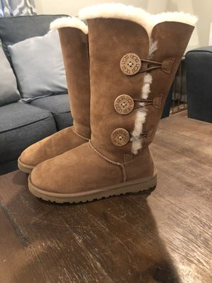 UGGS boots for Sale in Auburn, WA