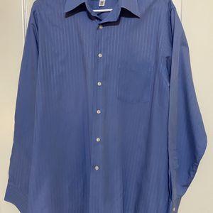 Men's Large Blue Van Heussen Wrinkle Free Dress Shirt 16 1/2 34/35 for Sale in Round Rock, TX