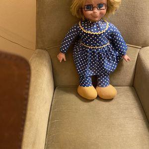 Classic Mrs. Beasley Talking Doll for Sale in Suffolk, VA