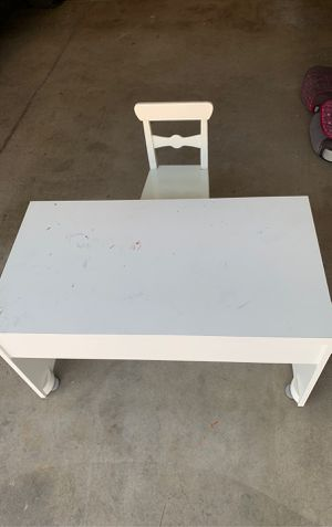 Small desk and chair for kids for Sale in Culver City, CA