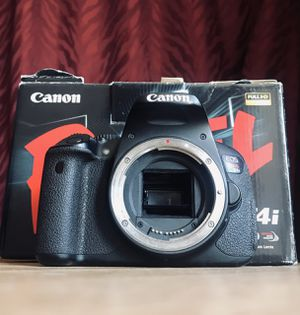 Canon Rebel T4i - AS IS for Sale in Rockville, MD