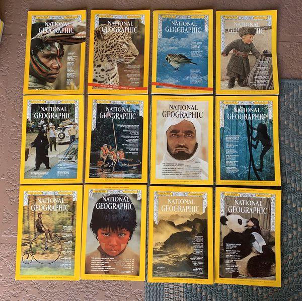 11 vintage 1972 National Geographic Magazines