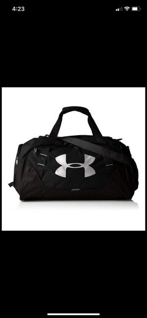 Under armor Extra large gym bag for Sale in Washington, PA