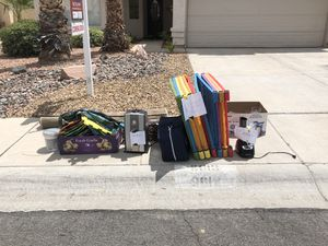 Free stuff!!!! Needs to be picked up until TONIGHT!!!!! for Sale in Las Vegas, NV