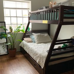 Full Size And Twin Size Bunk bed for Sale in Austin,  TX