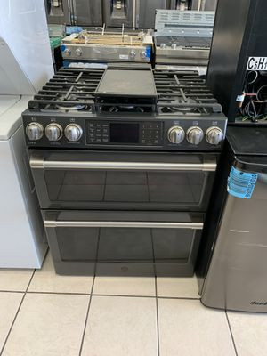 GE Double Oven Slide-in Stove for Sale in Beverly Hills, CA