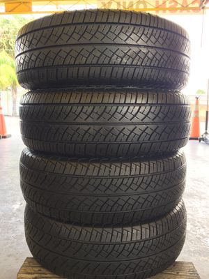 set of used tires (225/70R14) for Sale in Gibsonton, FL