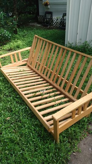 Futon bed still available. Item saint cloud off narcoossee Rd. not sold..still available, best offer for Sale in MAGNOLIA SQUARE, FL