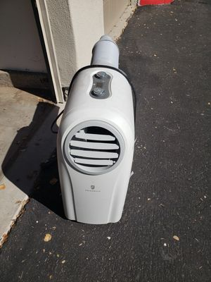Portable ac and heating unit for Sale in Gilbert, AZ