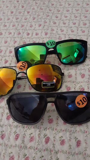 Sunglasses for Sale in Painesville, OH