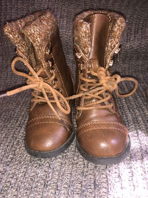 Toddler Girl Boots Size 4c for Sale in Turlock, CA