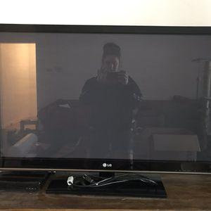 LG PLASMA TV for Sale in San Diego, CA