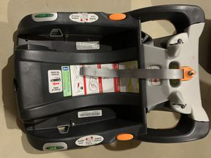Chicco Click-tight base for car seat for Sale in Lebanon, OH