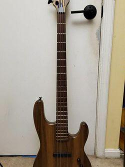 Kiesel B-40 Bass Guitar for Sale in Washington,  DC