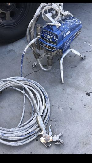 Graco 490 ultimate max II airless paint sprayer in very good condition with contractor gun sprayer for Sale in Torrance, CA