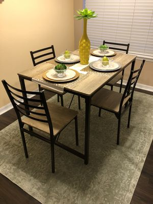 Kitchen Table and chairs for Sale in Riverview, FL